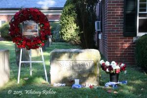 There are almost always roses at Secretariat's gravesite, especially during the annual Secretariat Festival.